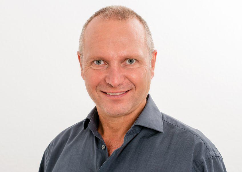 Dr. Müller - Experte für die schonende Krampfadern Operation
